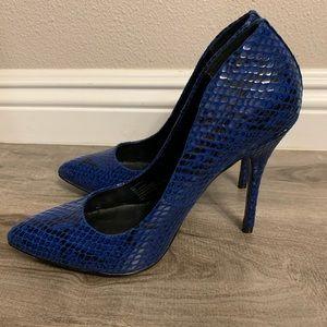 Steve Madden Gallery's Blue (size 8)